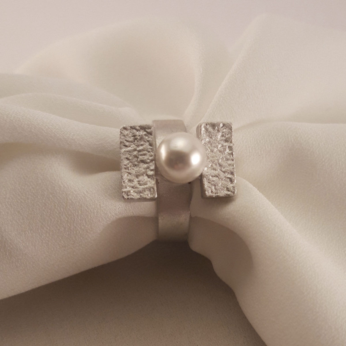 Matte Silver Rectangular Ring With Small White Pearl
