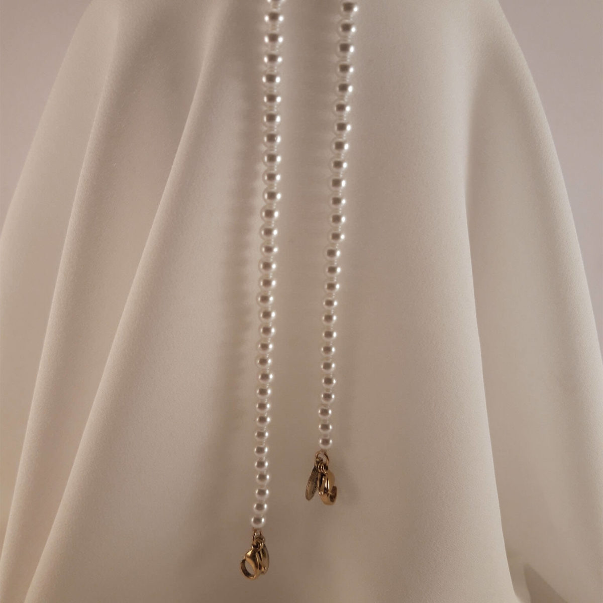 Small Pearl Chain
