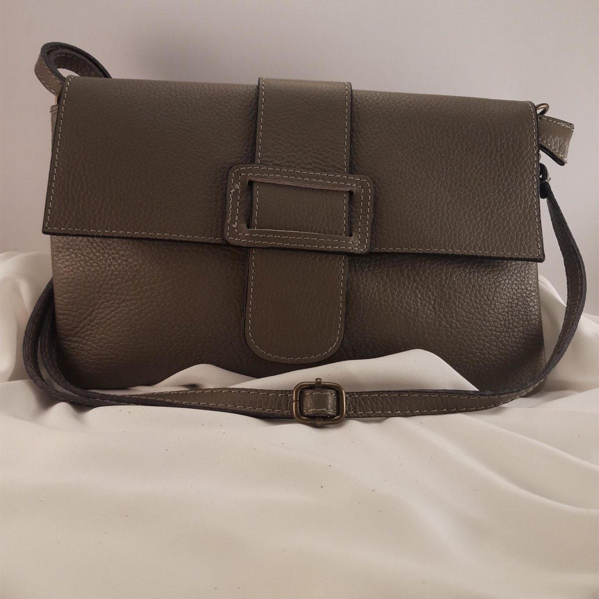 Bolso De Pell Rectangular Color Tauper