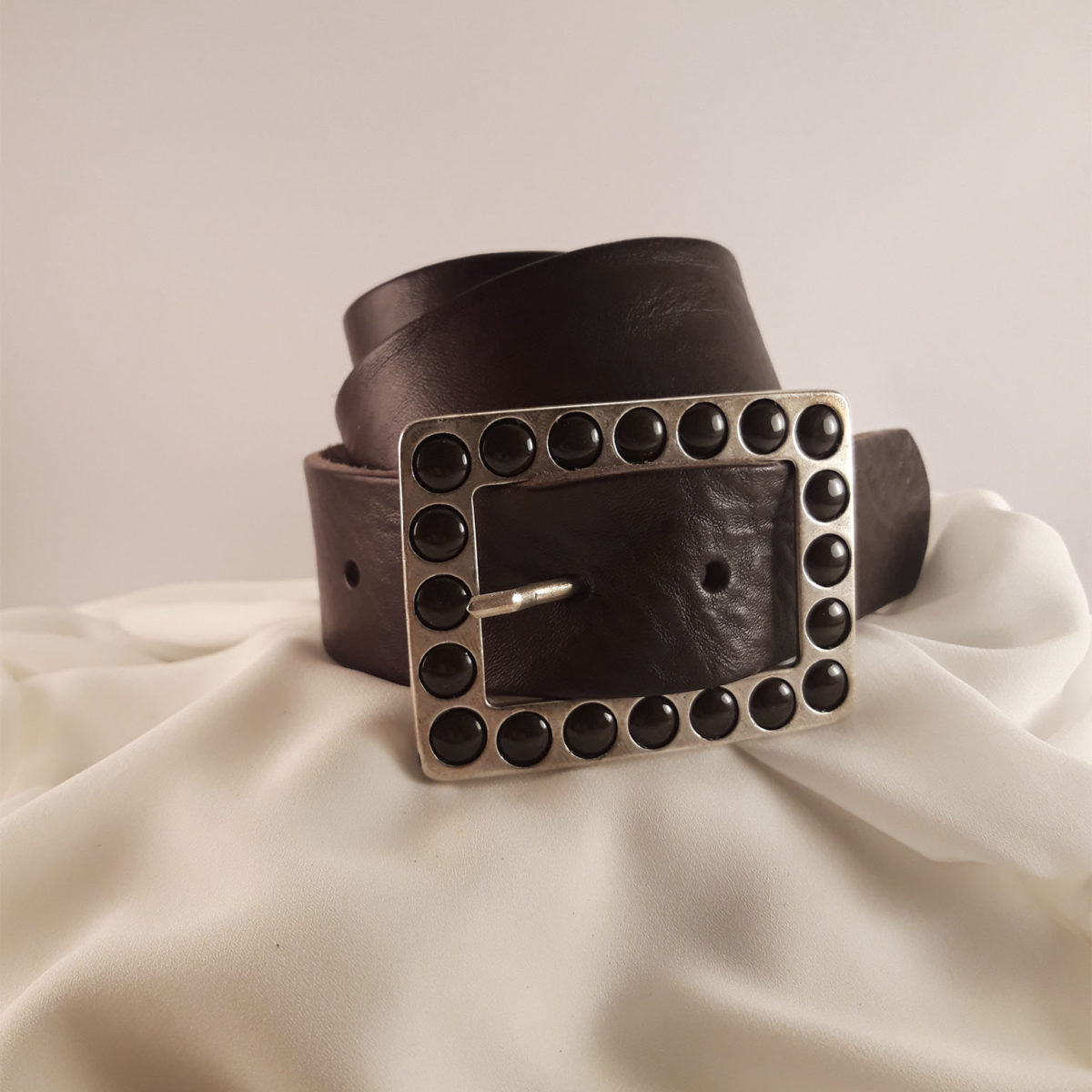 Brown Leather Belt With Square Buckle And Polka Dots
