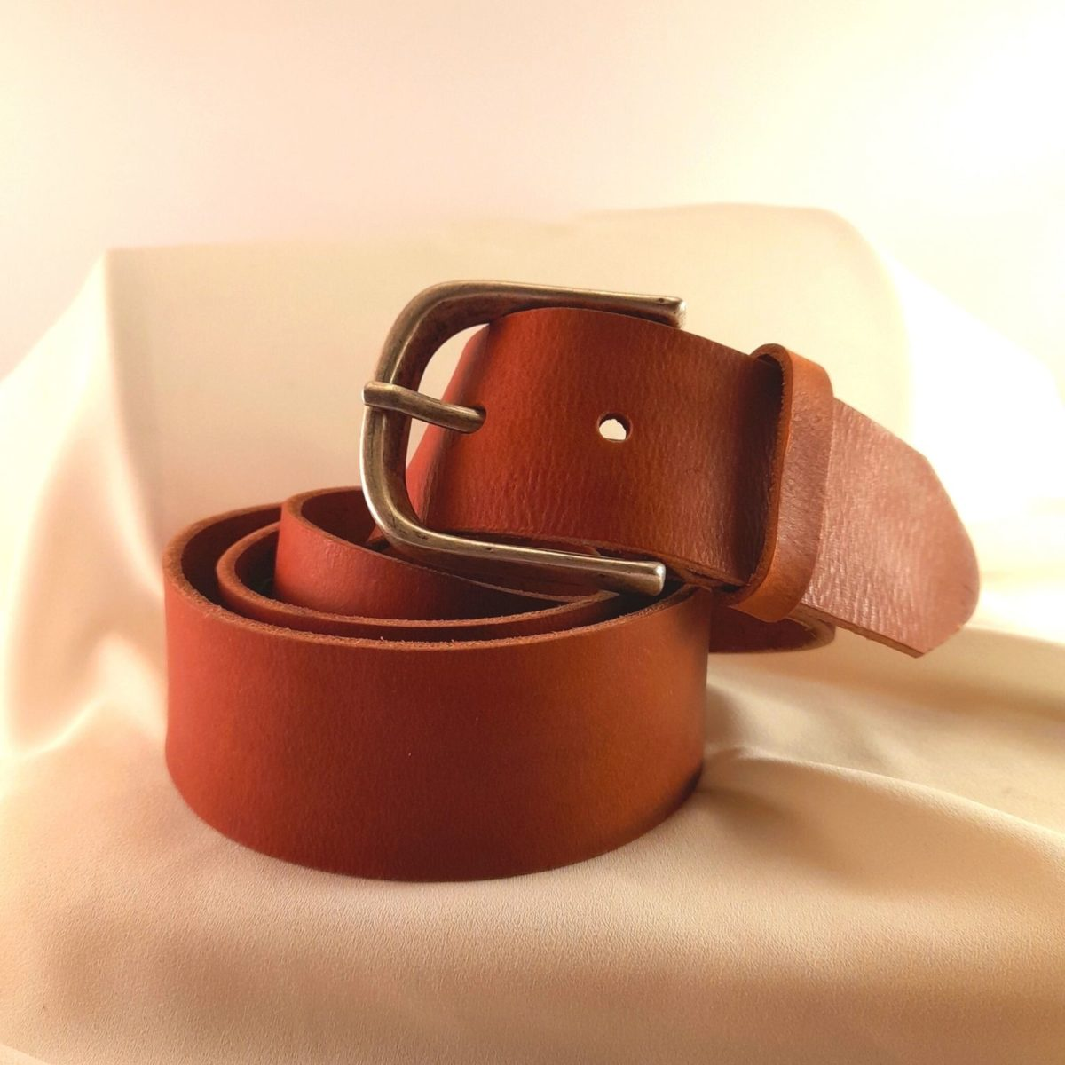 Leather-colored Leather Belt With Silver Buckle